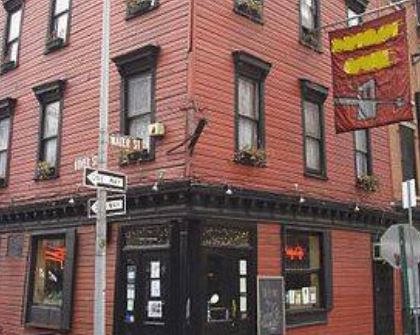 The second oldest restaurant in New York, which opened on Water Street in 1794, was originally a grocery and wine and porter bottler. Name it.