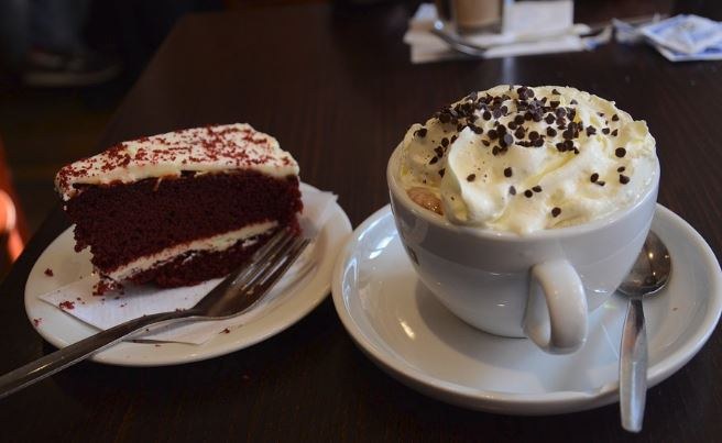 Red velvet cake is widely considered to have originated in the South, but one New York hotel also claims provenance. Name it.