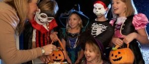 Should Kids Be Given Candy on Halloween? What's Your Opinion?