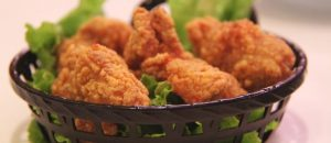 Secret of Restaurant's Fried Chicken Outed on Yelp … and It's Shocking